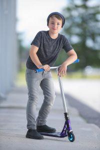 owen-davey-scooter-1hredit